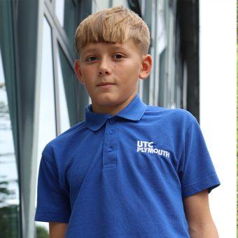 UTC – UC105 Polo shirt c/w Logo – [Y7/8 Royal Blue]